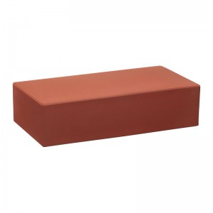 Лицевой кирпич полнотелый КС-керамик красный гладкий